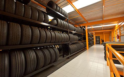 Reifeneinlagerung Autohaus Adler
