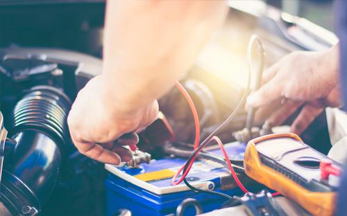 Batterie Check Service Autohaus Adler